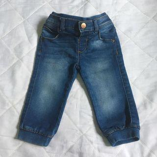Preloved Mothercare Jeans size  9-12m (Runs Big)