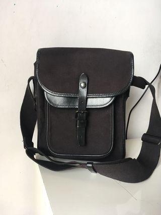 Authentic Luggage label porter Sling bag