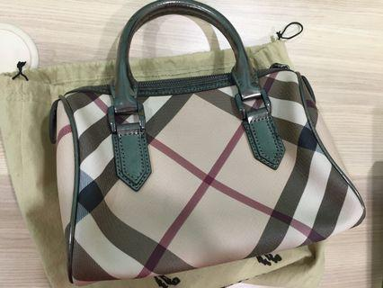 Burberry Tote Bag (used)