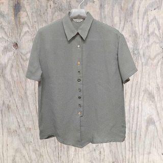 古著襯衫✔多種可愛扣子集合體×案情不單純的襯衫