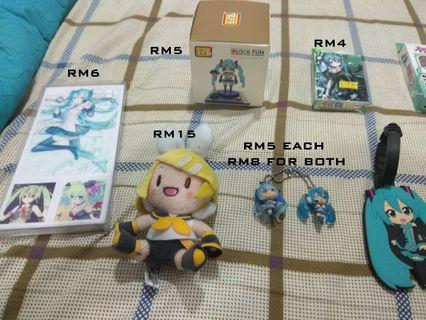 CLEARANCE SALE HATSUNE MIKU ACCESSORIES AND PLAYING CARDS