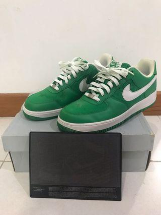 Nike Air Force 1 '07 with Certificate of Authenticity & box