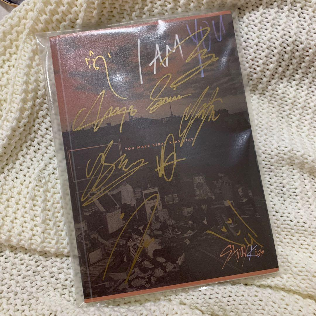 [ wts ] stray kids i am you signed album