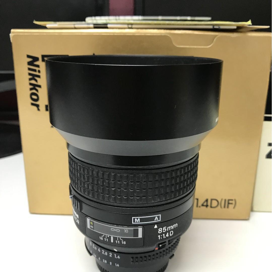 Angenieux 28-70mm f2.6 (愛展能),Nikon 85mm F1.4D,Nikon 105mm F2.8D macro