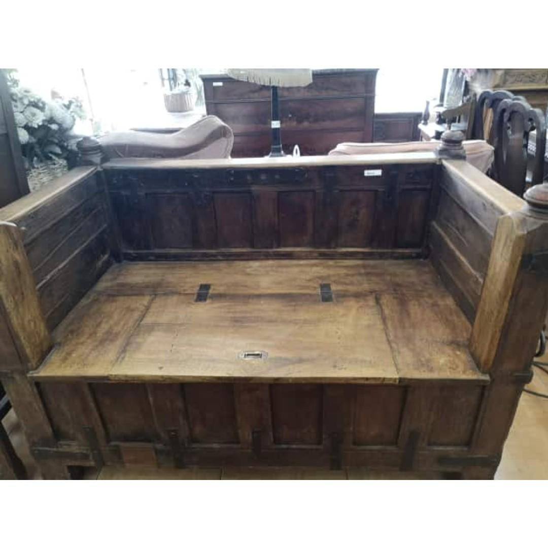 Antique Wooden Storage Bench Home Furniture Furniture Fixtures Shelves Drawers On Carousell
