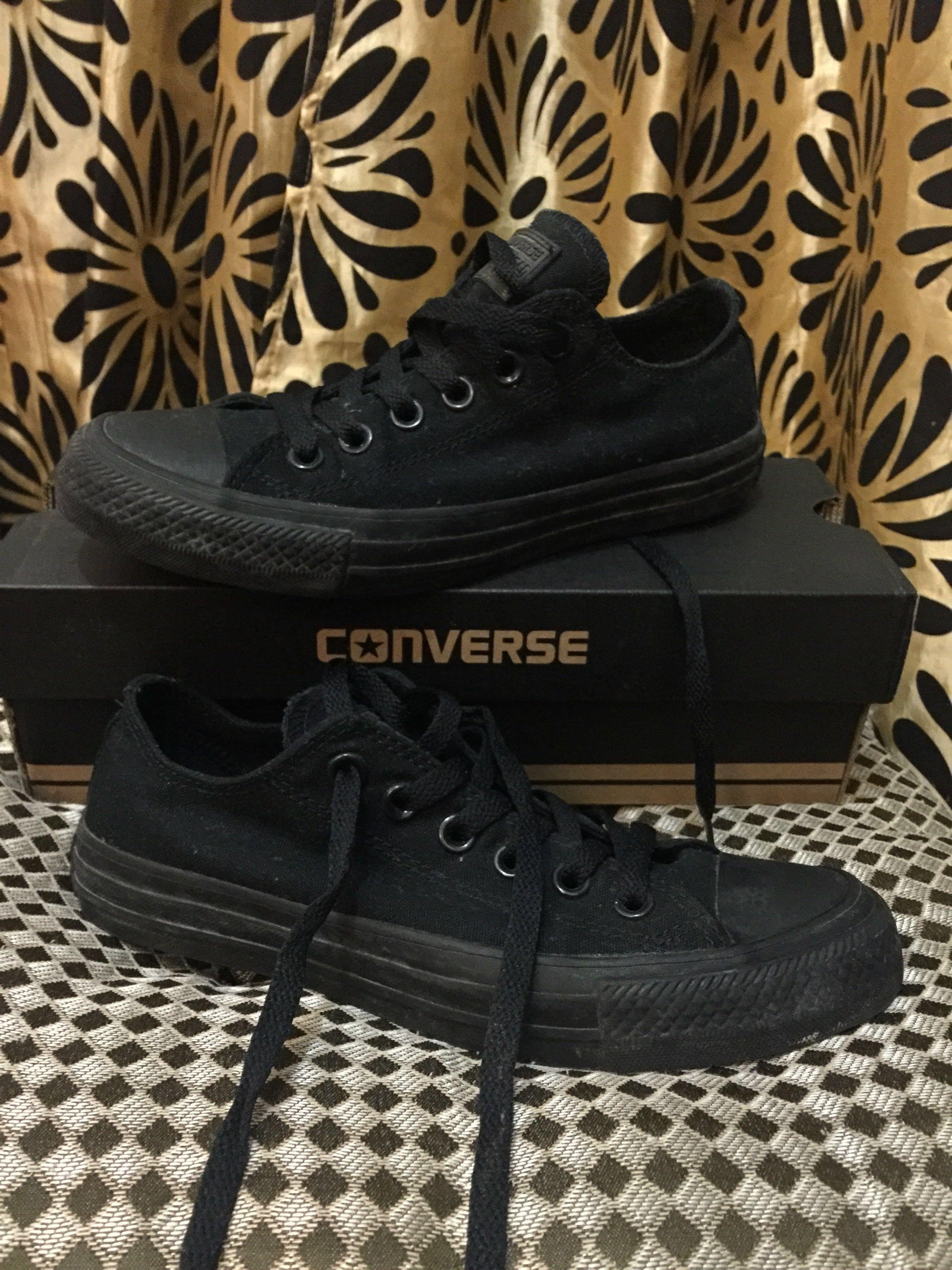 💯AUTHENTIC Black Converse Low Cut Chuck