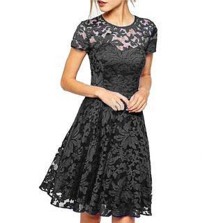 🆕 大尺碼全彈性蕾絲有裡小禮服/洋裝 size:3XL-4XL