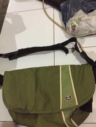 Sling Bag Crumpler Green