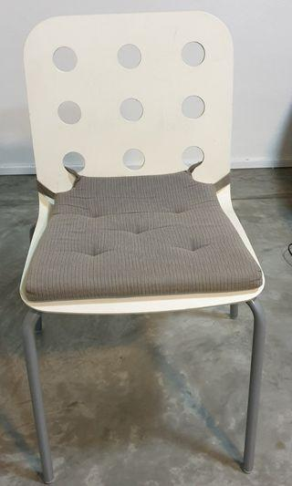 *Moving Out Sale* 4 x Dining Chairs