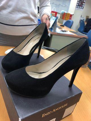 女 高跟鞋👠(限三重自取)免費