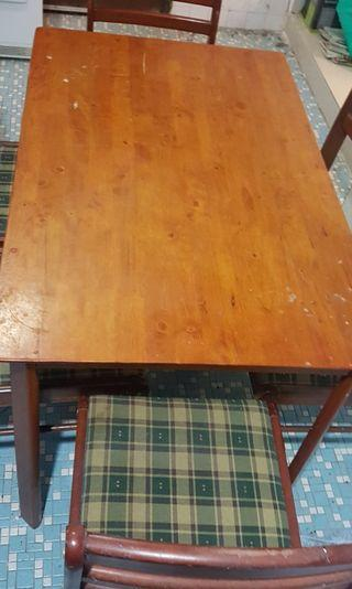 Solid wood dining table / meja makan kayu 4 chairs