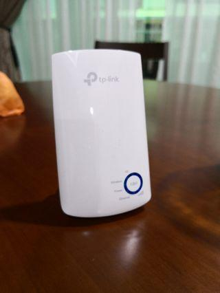 TP-LINK wifi extender for sell