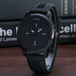 Black/White Silicone Quartz Watches Student High Quality Strap Watches Jelly Color Casual Watch