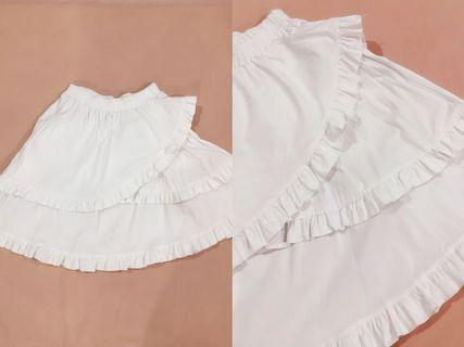 [ALL FOR RM15] White Ruffles Pleated Stretchable Skirt