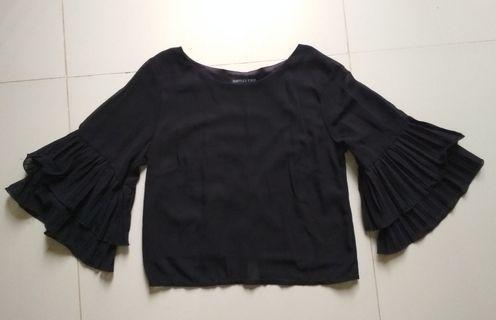Black Top, blouse polos wanita
