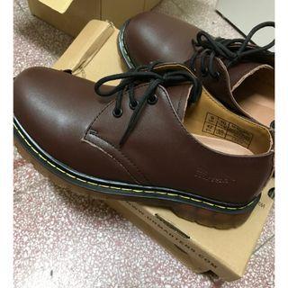 男生 Dr.martens 馬丁靴經典款皮鞋 低筒3孔 1461