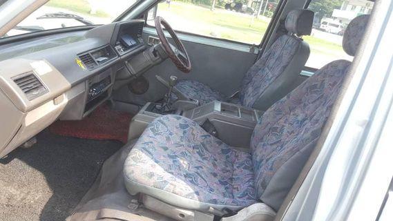 Nissan Vanette 2005