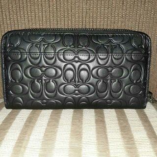 Coach wallet authantic