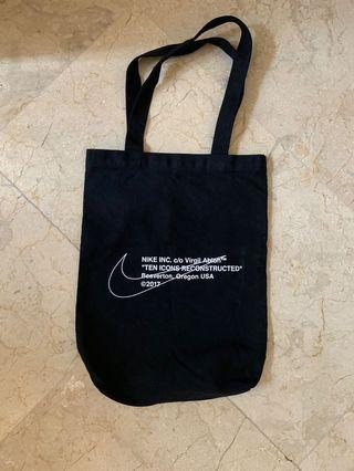 Off White , Off Campuss Nike Totebag