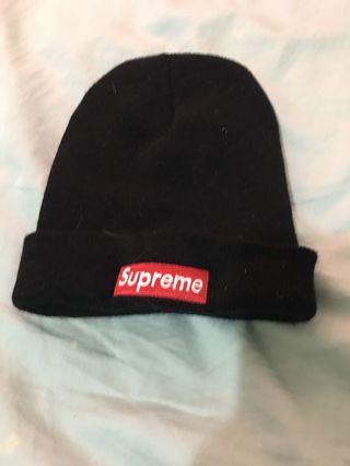 Supreme 毛帽