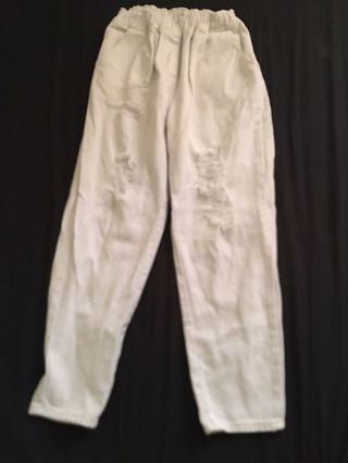 白色刷破長褲