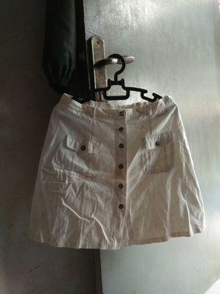 Rok mini putih wanita  #bagibagi