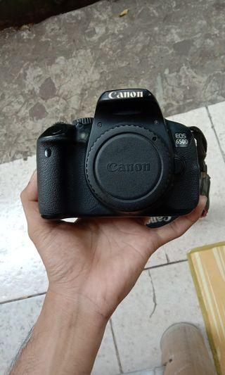 Kamera Canon 650D Body only