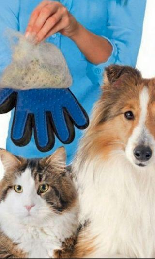 Pet glove true touch for grooming
