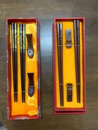 Wooden Chopstick with Holder Giftset