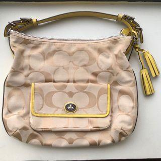 Coach C printed canvas Handbag in yellow with detachable sling