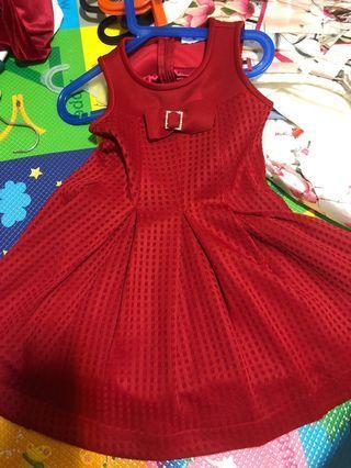 Monna Lisa red dress