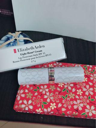 Elizabeth Arden 8hour cream 伊莉莎白 雅頓 8小時防曬護唇膏