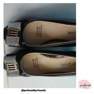 Sepatu// pengiriman dari Lampung