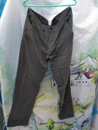 Celana panjang kasual grey