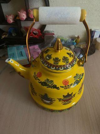 Vintage Tea Pot 添油茶壶