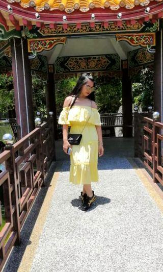 Lovely of shoulder Yellow Dress