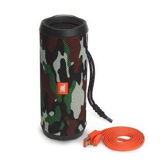 JBL Flip 4 Portable Bluetooth Wireless Speaker Bundle  - Camouflage