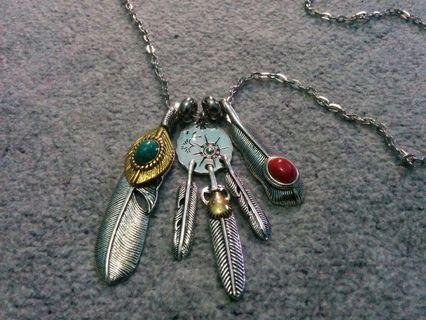 Native American Five Feather Pendant ( Green & Red ) Necklace