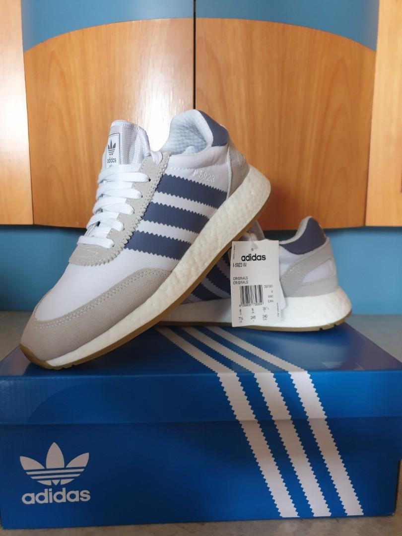 Competidores Mostrarte en lugar  adidas originals I-5923 w on Carousell