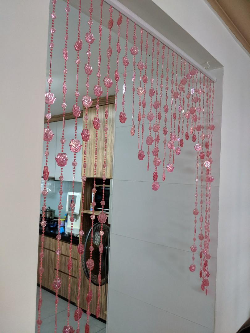 Beads curtain (pink floral)