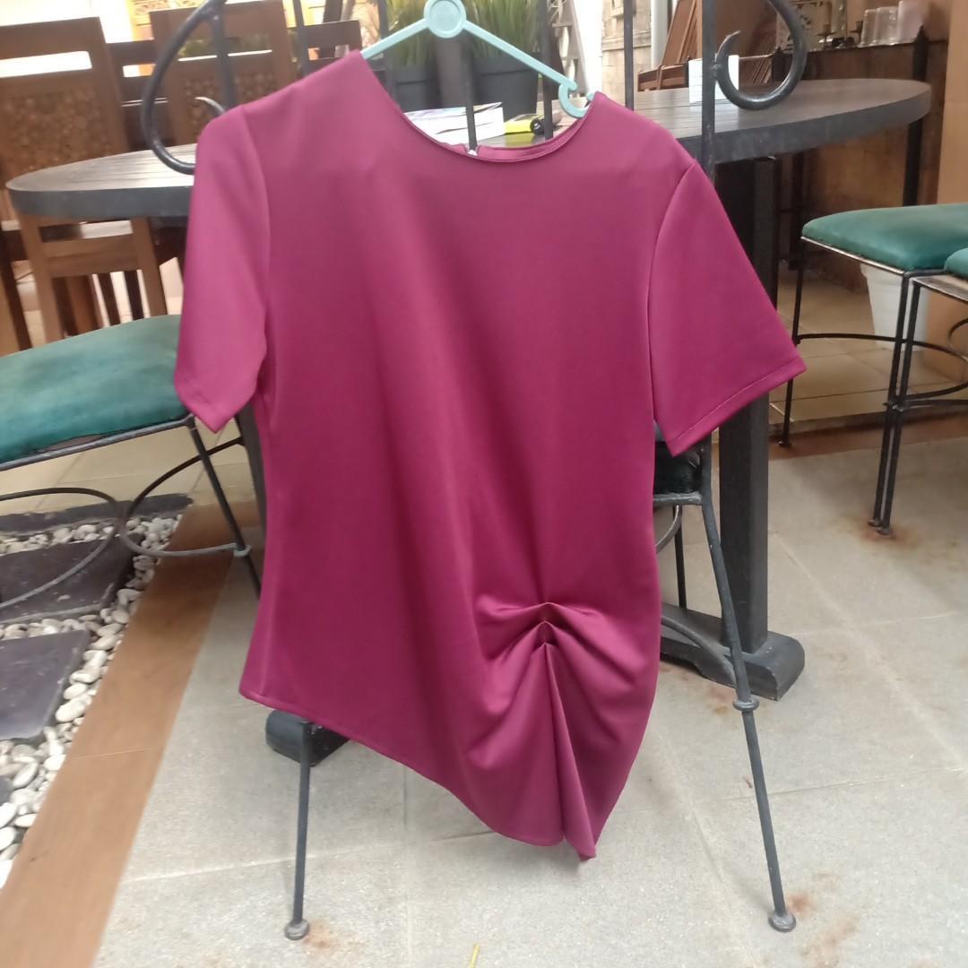 blouse wanita merah