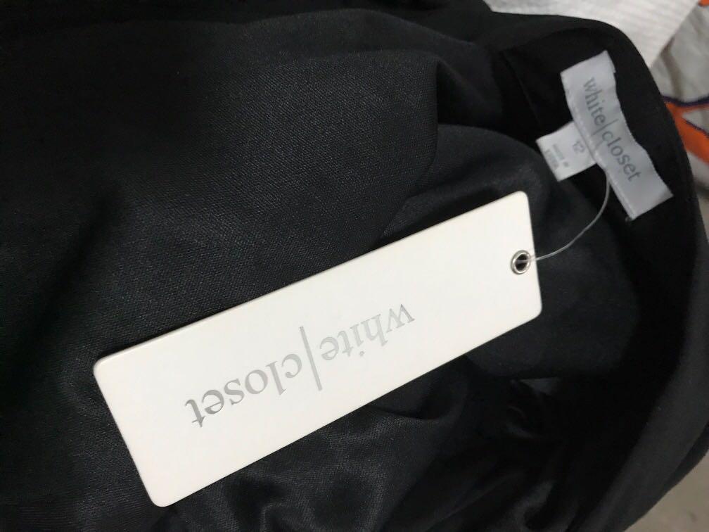 BNWT white closet black open blazer with shoulder pads