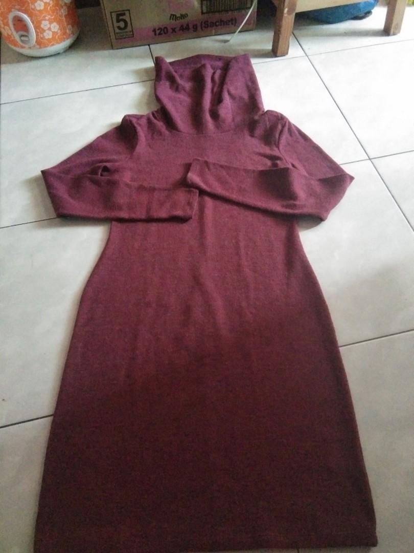 Dress marun