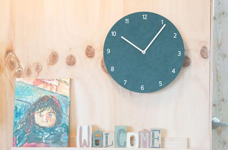 [instocks] lunar minimalist round wall clock