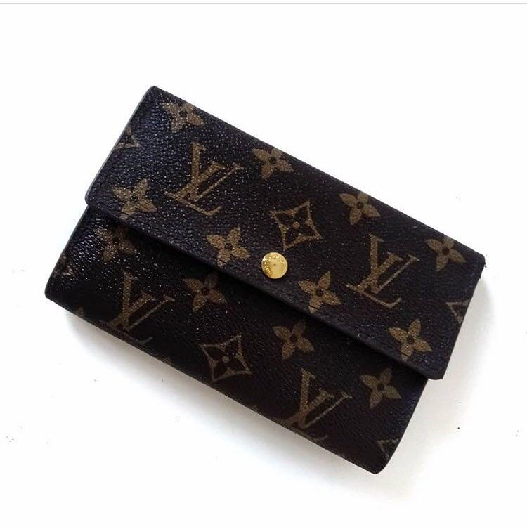 Louis Vuitton Wallet Portef Eugenie Monogram. Full tag and Serie Number
