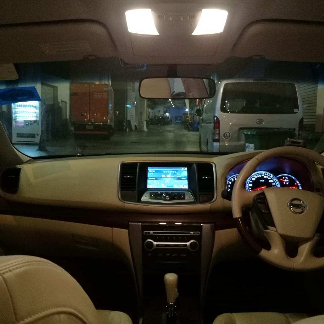 Nissan teana 2.5a for rent v6 engine