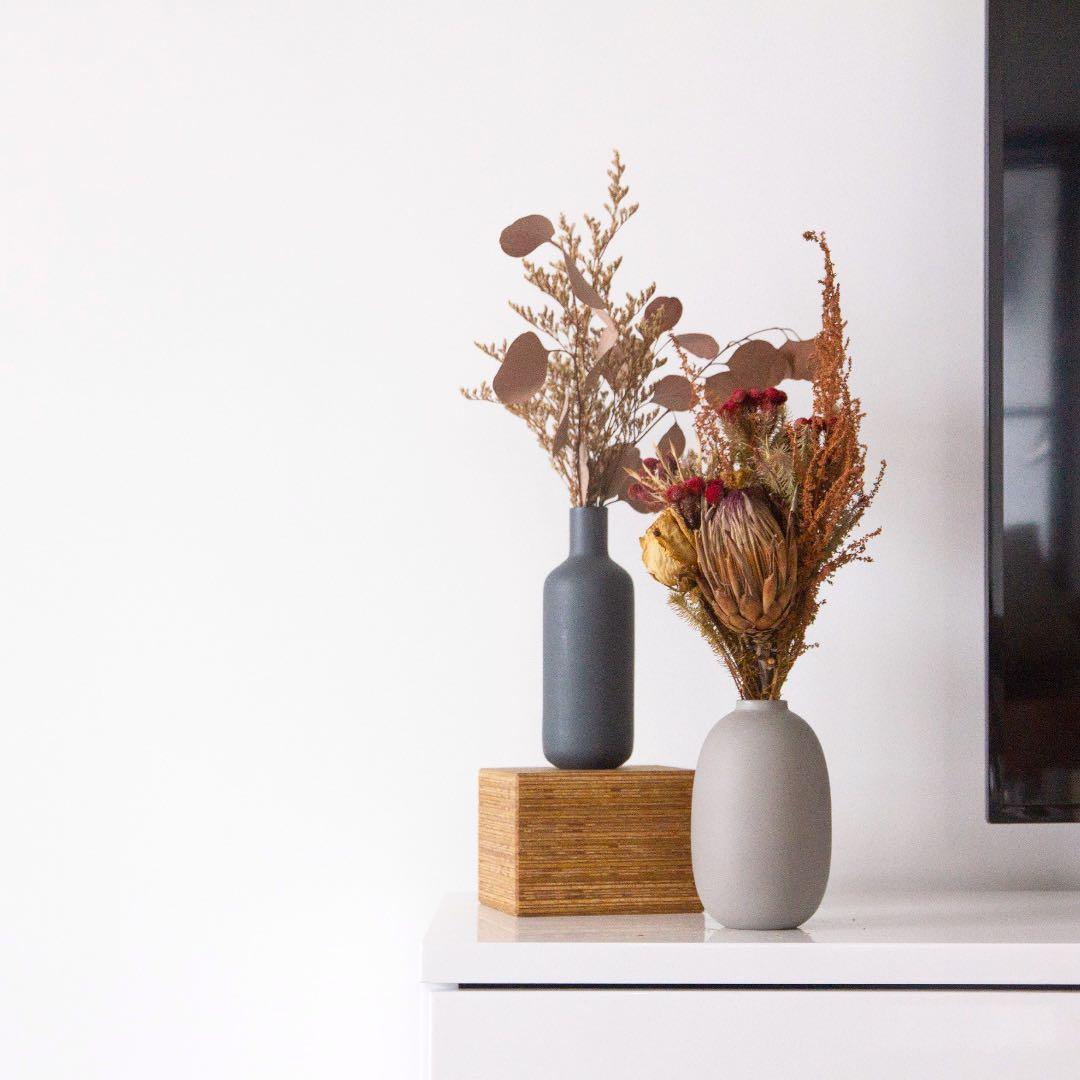 [preorders] shades of grey vases