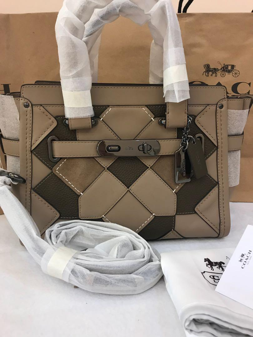 Ready Stock Authentic coach women medium swagger in light brown mix material 0919