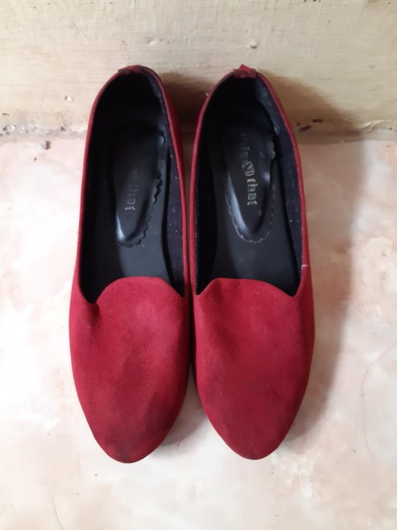 Red Shoes Hak Tahu