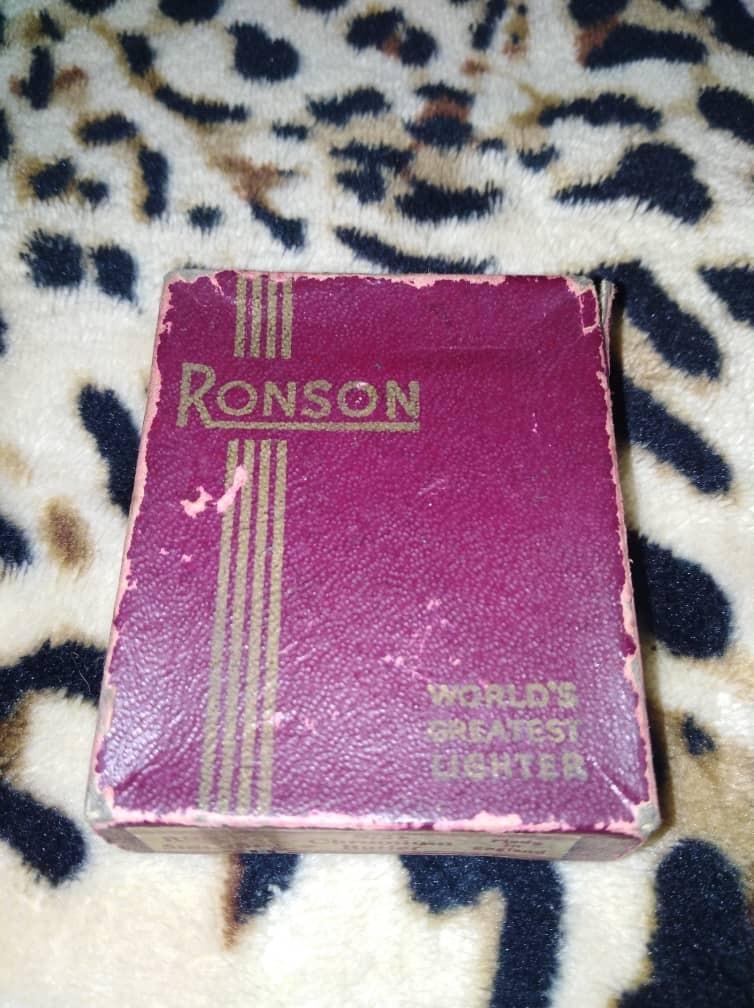 Ronson Lighter Made In England  Original
